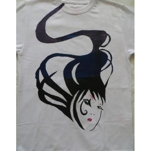 SaVi-Camiseta-blow-away